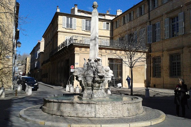 Private Tour of Aix-en-Provence and Marseille from Arles