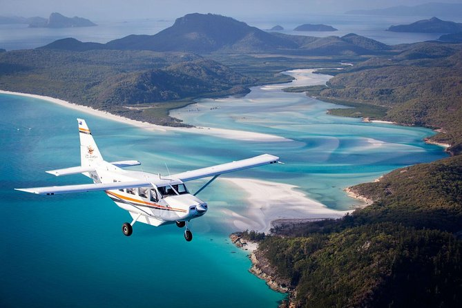 Whitsundays Fly & Cruise Package Including Lunch