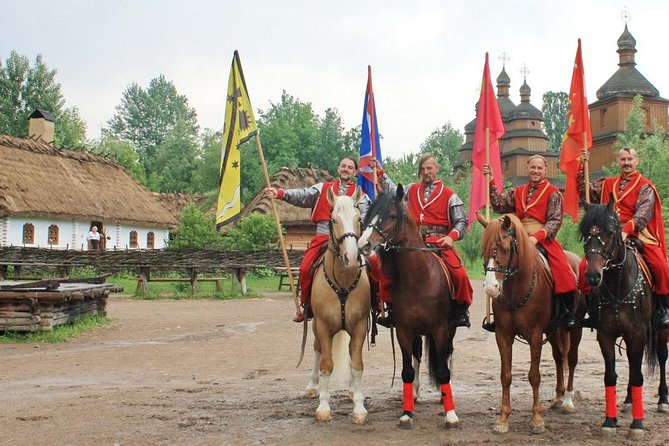 Mamajeva Sloboda Open-air Museum Private Tour from Kiev
