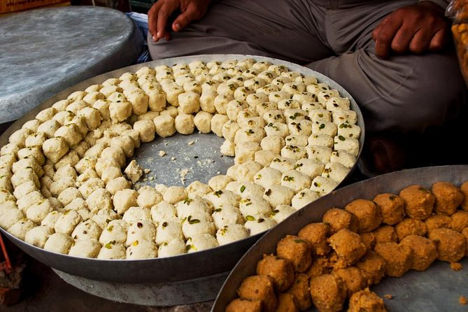 Walking Tour to Experience Jaipur's Local Delicacies photo 1
