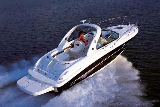 3 Hour Yacht Charter for Up To 6 People photo 1