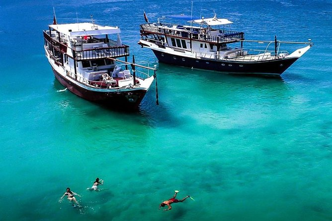 Full-Day Mussandam Cruise with Lunch Dibba