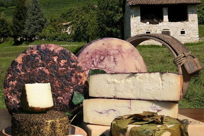 From Venice, TOP FOOD&WINE experience visiting local cheese factories and Prosecco wineries