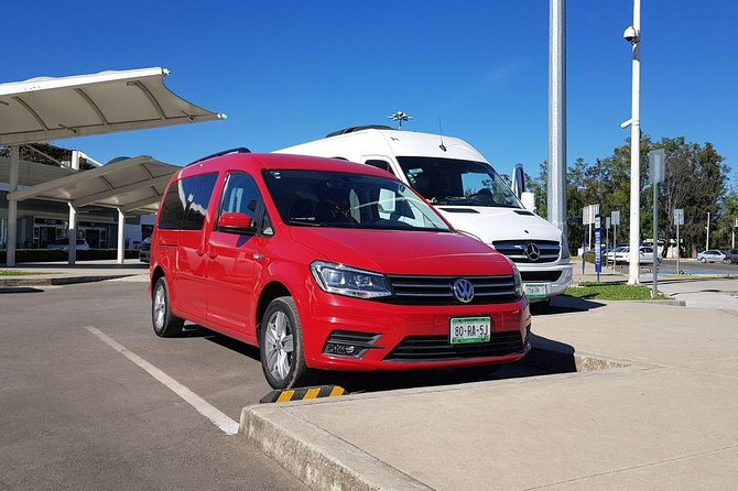 Shared Arrival Transfer: Huatulco International Airport to Huatulco Hotels