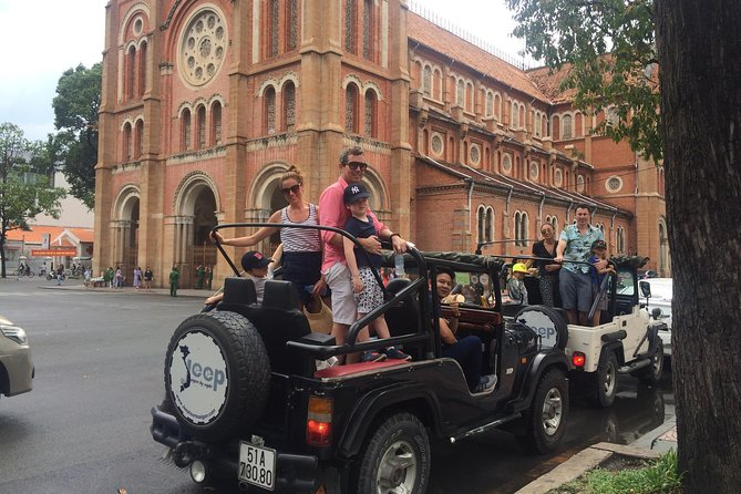 Ho-Chi-Minh-City: Private halbtägige Tour mit dem Jeep