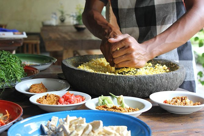 Private Traditional Balinese Cooking Experience and Garden Tour in Ubud