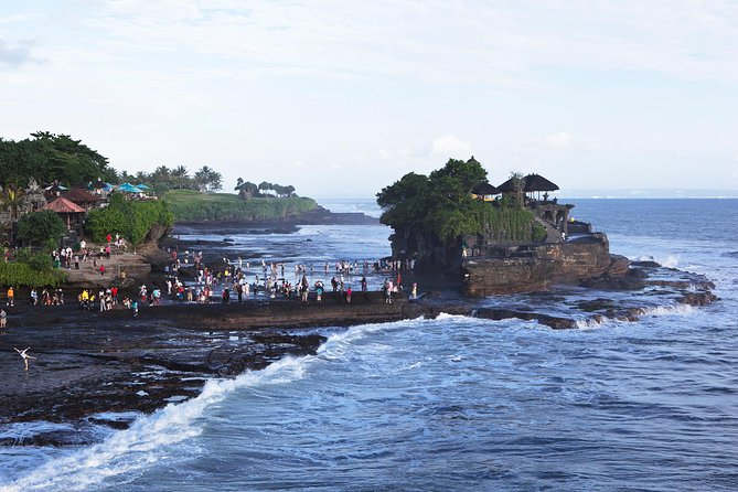 Mengwi Temple, Monkey Forest, Tanah Lot & Royal Balinese Dinner