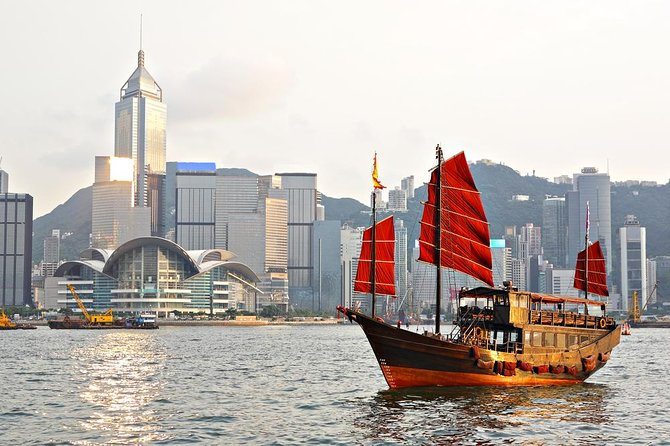 Private Tour: Hong Kong Island with Private Vehicle
