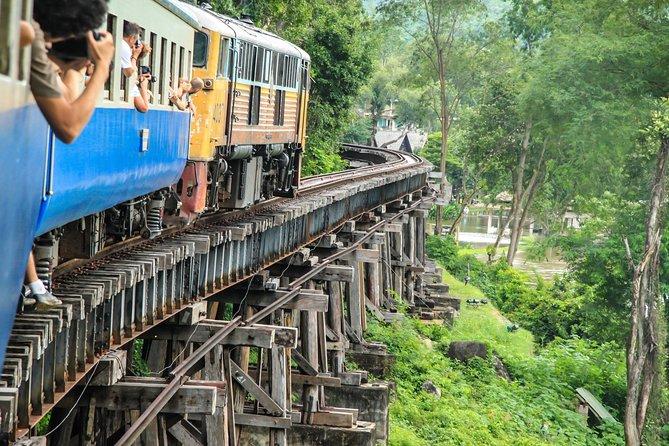 Ab Bangkok: Brücke über den Fluss Kwai und Thailand-Burma-Eisenbahn