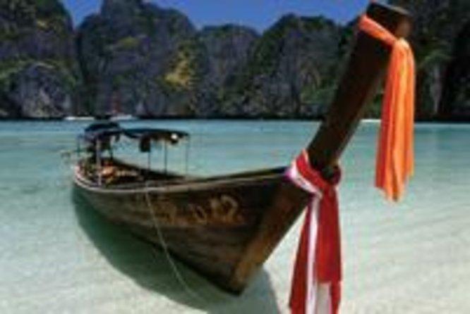 A day on Thailand's Ko Phi Phi islands will leave you feeling relaxed
