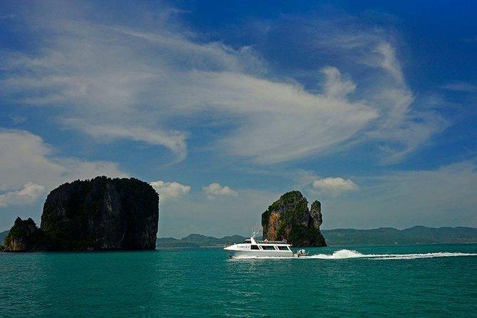 Blu Anda Catamaran Twilight Cruise and Dinner