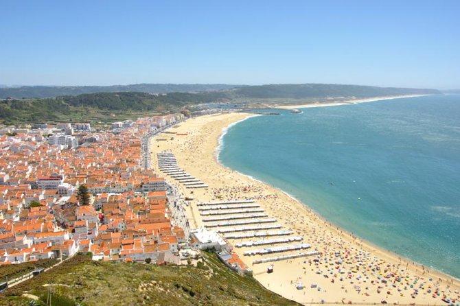 Private Tour to Fátima, Alcobaça or Batalha, Nazaré and Óbidos