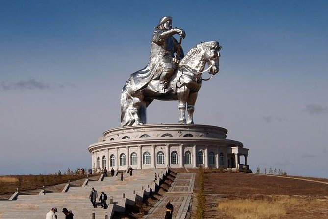 Day Coach Tour of Genghis Khan Statue Complex and Terelj National Park Including Lunch