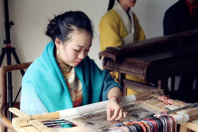 Suzhou Private Tour of Tea Picking, Ancient Town, Embroidery Research Institute
