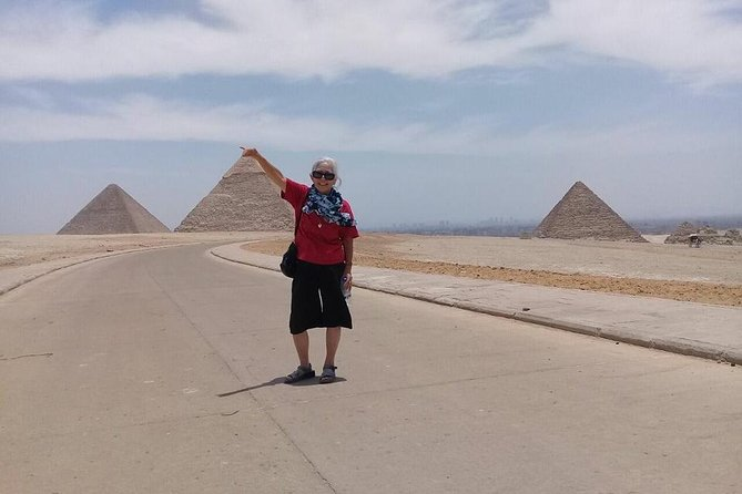 Giza pyramids sphinx day tour include lunch koshry photo 7