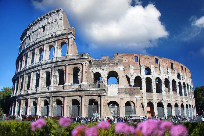 Skip the Line: Colosseum Small Group Tour with Roman Forum & Palatine Hill