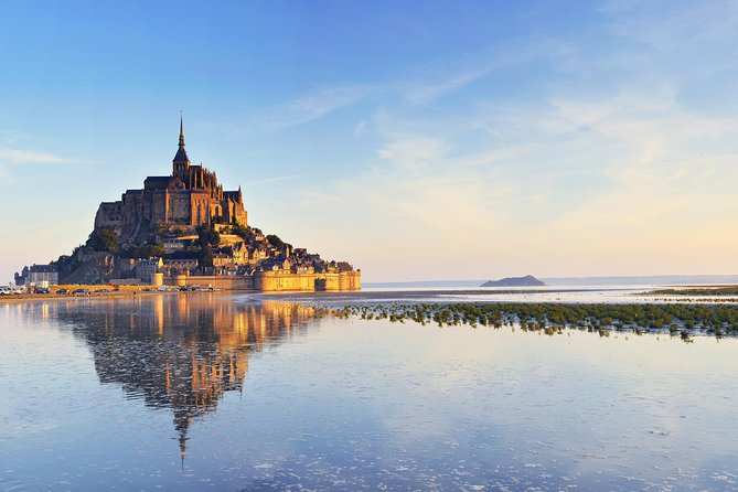 Mont Saint Michel Full Day Experience from Paris by Private Coach