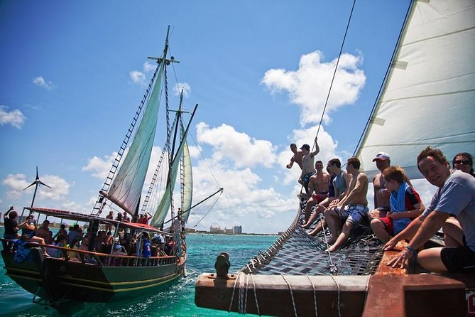 Afternoon Pirate Sail and Snorkel Cruise in Aruba