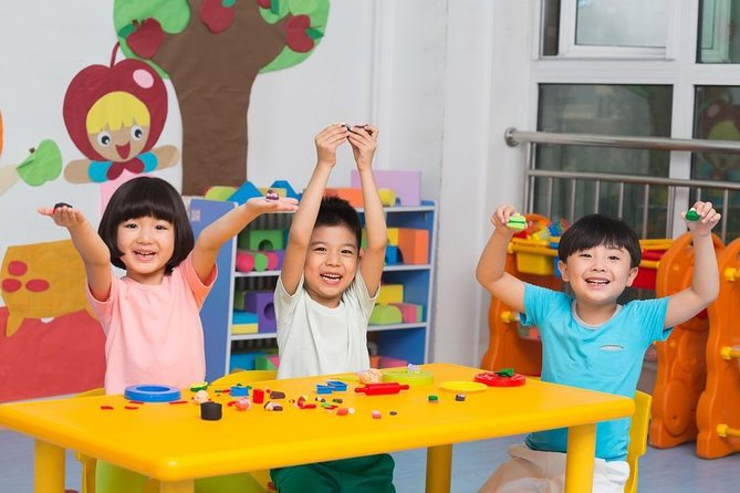 2-hour Private Xi'an Kindergarten Visit Exeperience