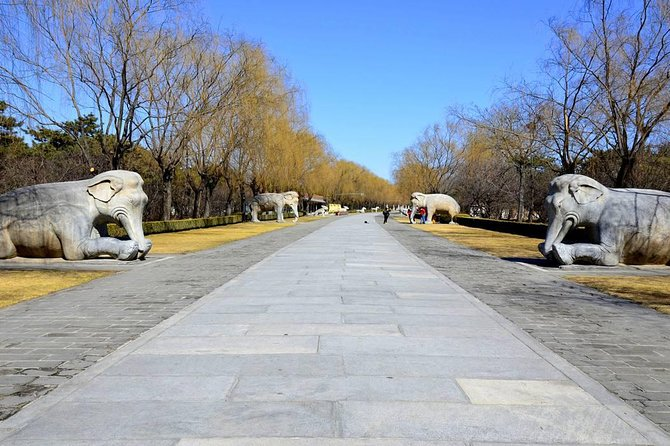 Private Huanghuacheng Wall with Ming Tombs and Sacred Way photo 9