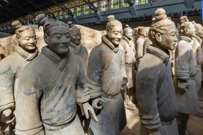 Private Day Tour to Terra Cotta Army and Optional City Attractions with Lunch