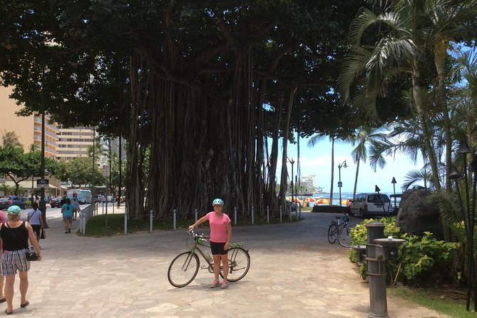 Private Historical Honolulu Bike Tour