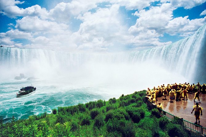 Luxury Private Tour of Niagara Falls from Toronto photo 12