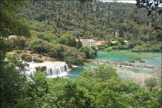Cascade de Krka et excursion d'une journée à Sibenik au départ de Split