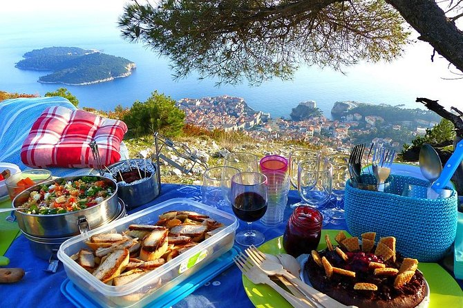 Sunset Hike & Gourmet Picnic