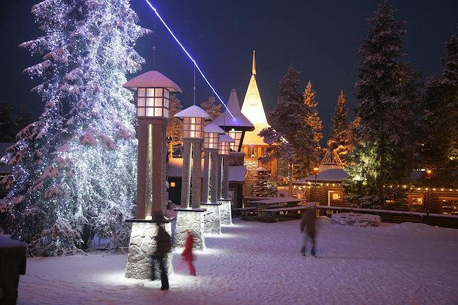 Rovaniemi Snowmobile Safari to Reindeer Farm and Santa Claus Village