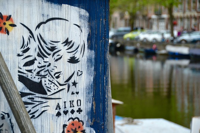 Self-guided Discovery Walk in Amsterdam's Jordaan: a local culture riddle route