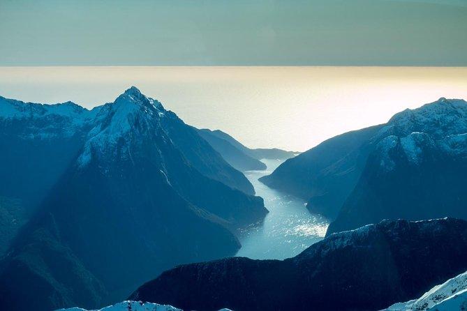Vôo panorâmico de Milford Sound e Big Five Glaciers