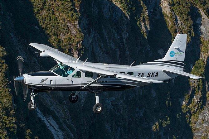 1-Hour Milford Sound Overhead Flight from Queenstown