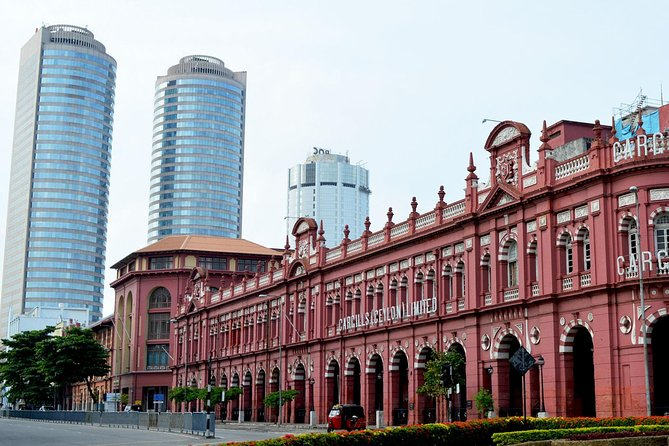 Shore Excursion from Port Terminal : Colombo City Famous Landmarks