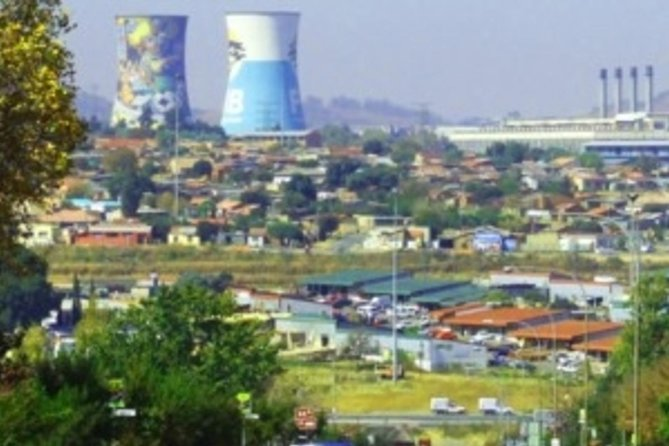 Private Johannesburg, Apartheid Museum and Soweto with Lion Park Tour