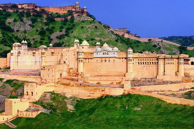 02 Days Jaipur Tour By Car From Delhi