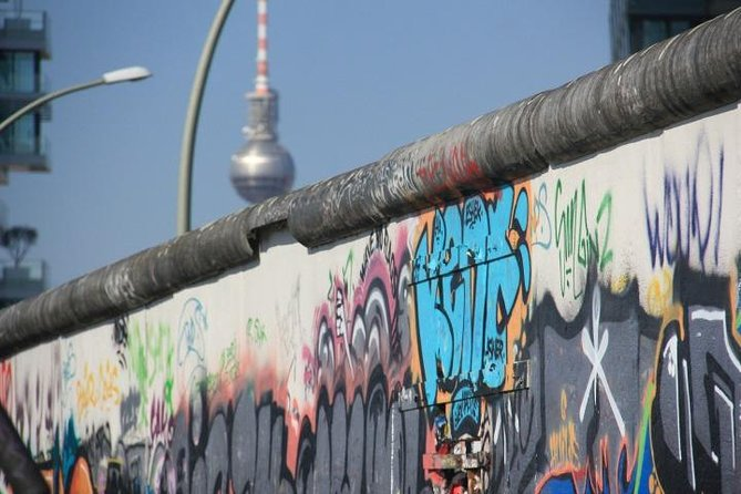 Small-Group Berlin Sightseeing and Food Tour of Prenzlauer Berg and Mitte photo 1