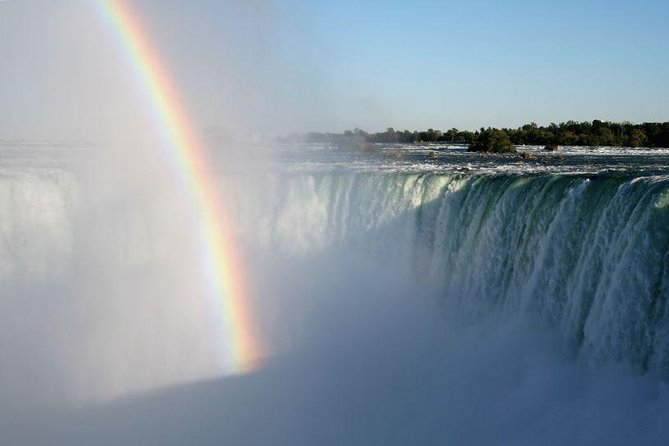 2-Day Bus Tour to Niagara Falls from New York