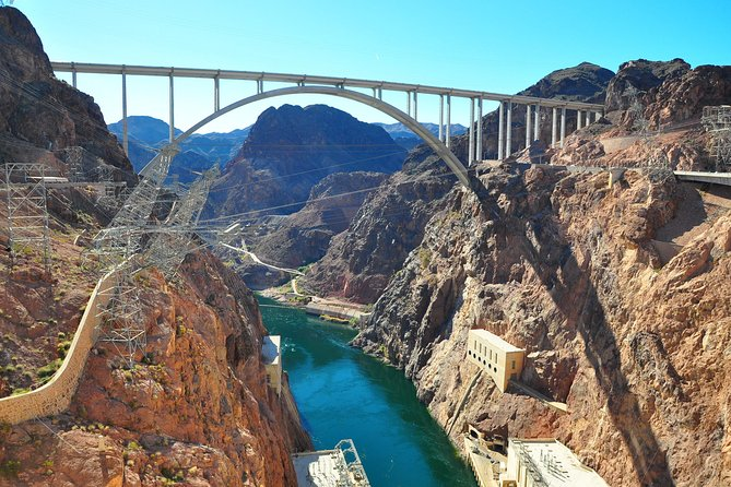2-Day Las Vegas, Hoover Dam, and Death Valley from Los Angeles photo 1