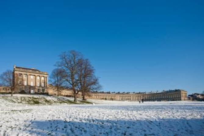 Boxing Day Windsor, Stonehenge, and Bath Tour with Mulled Wine and Mince Pies