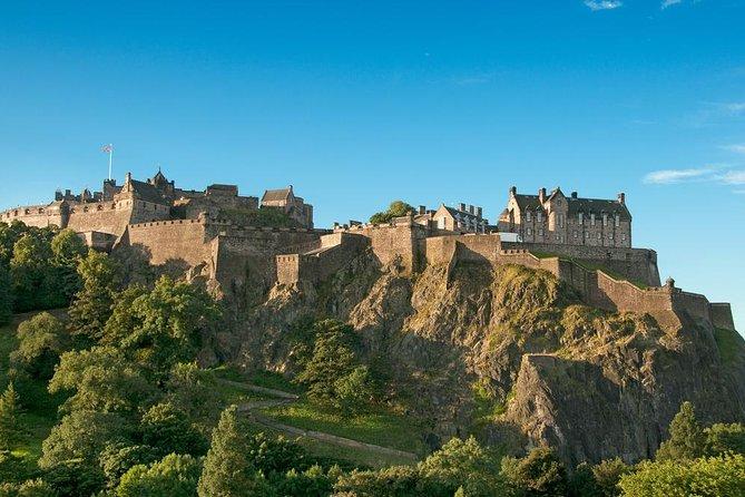 Edinburgh Rail Day Trip from London including Edinburgh Castle Entry and Hop-On Hop-Off Bus