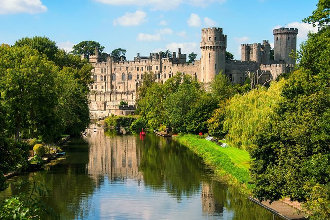 Oxford, Stratford-upon-Avon and Warwick Castle with London Hop-on-Hop-off Tour