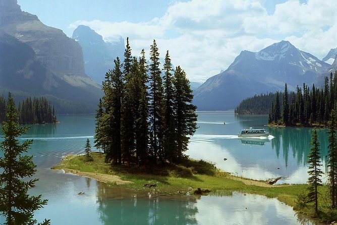Tour door Canadese Rockies met berijder en zijspan vanuit Jasper