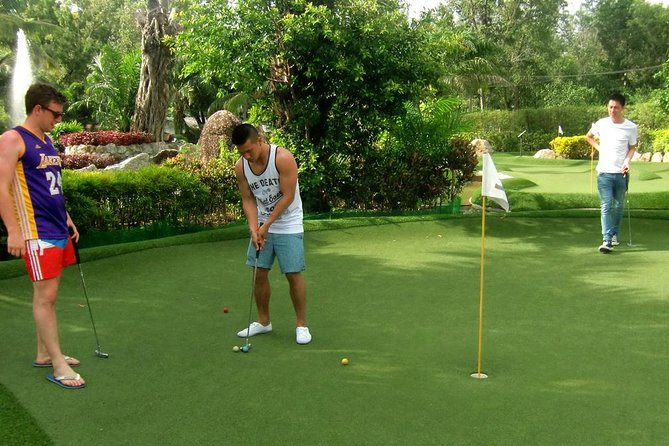 Day-Pass: Phuket Adventure Mini Golf with One Free Drink