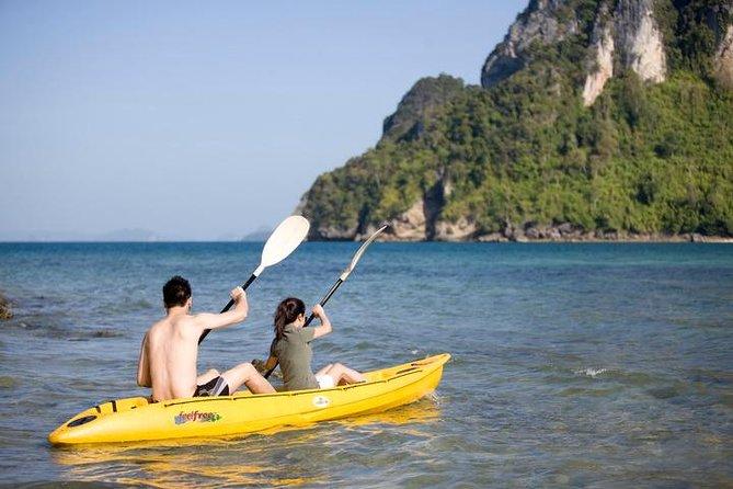 Kayaking at Bor Thor