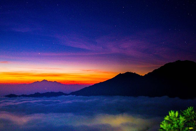 Batur Volcano Sunrise Trekking and Breakfast
