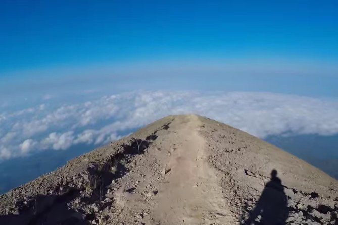 Bali Private Guide: Mount Agung Sunrise Trekking including breakfast and lunch