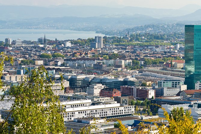 Zurich Half-Day Tour Including the Lindt Chocolate Factory Outlet