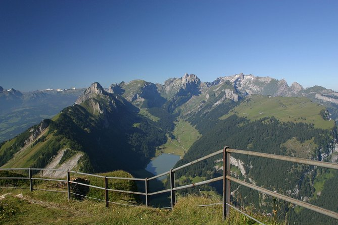 Switzerland Mountains, Cheese and Chocolates Tour from Zurich