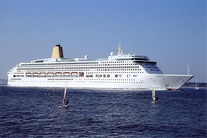 Private London Departure Transfer - Hotel / Accommodation to Cruise Port